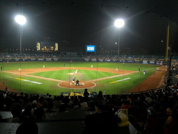 新莊棒球場